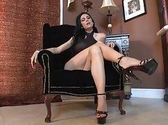 Diana C barna hajú, szép mellek, egy ingyen amatőr pornó kis ölelés vicces maszturbáció.